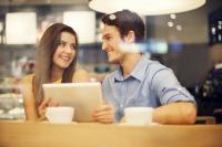 Untuk Pria Pendiam, Ini Tips Jitu biar Kencanmu Jadi Berkesan