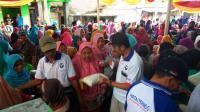 Di Tengah Hajatan Warga, Partai Perindo Bagikan 500 Paket Beras