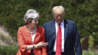 Trump Sarankan PM Inggris Tuntut Uni Eropa sebagai Strategi Brexit