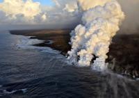 """""""Bom Lava"""" Hantam Perahu Turis di Hawaii, 23 Terluka"""