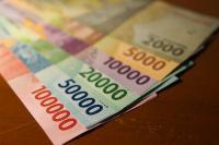 Lawan Dolar AS, Rupiah Bergerak 2 Arah ke Rp14.380 USD