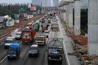 Tak Mau Kena Macet? Pengguna Tol Jakarta-Cikampek Diimbau Gunakan Jalur Alternatif