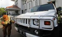 """Kejagung """"Buang Badan"""" Terkait Raibnya Mobil Milik Bos First Travel yang Disita Kejari Depok"""