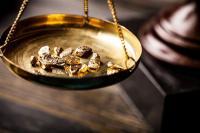 Pelemahan Dolar AS Dorong Kenaikan Harga Emas