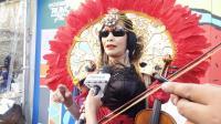 Perempuan Ini Gunakan Pakaian Tak Lazim di Okezone Run With Idol 2018