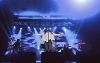 Dari Isyana Sarasvati hingga Ed Sheeran, 7 Penyanyi Ini Pernah Jatuh saat Manggung