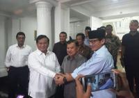 Dikelilingi Politisi Senior Prabowo dan JK, Sandiaga Uno Memilih Irit Bicara