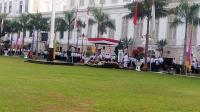 Tampil Anggun, Sri Mulyani Kenakan Kebaya Putih Pimpin Upacara HUT Ke-73 RI