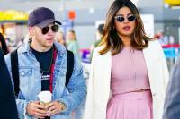 Pakai Tradisi India, Nick Jonas dan Priyanka Chopra Resmi Tunangan