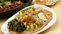 Makanan Indonesia yang Dicintai Selebritis Dunia, Salah Satunya Gado-Gado!