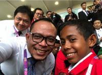 Menaker Selfie Bareng Joni, Pahlawan Tiang Bendera dari Atambua