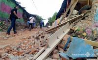 Gempa 6,9 SR Lombok Timur, Ambulans Hilir Mudik Menuju RSUD