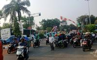 Simpang Empat Depan Pejaten Village Macet
