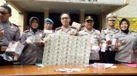 3 Pengedar Uang Palsu Senilai Rp1,8 Miliar Ditangkap Polisi di Puncak