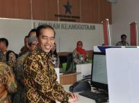 Jokowi Pamer Penurunan Angka Pengangguran