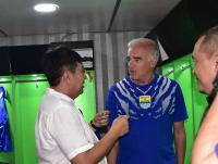 Kontra Persija, Gomez Imbau Pemain Persib Jaga Konsentrasi 90 Menit