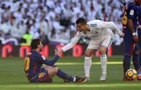 Absen Hadiri Malam Penghargaan FIFA, Ronaldo-Messi Dianggap Tidak Respek