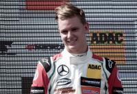 Bos Mercedes Terpikat dengan Performa Schumacher Jr