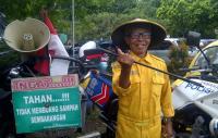 ASN di Bandung Wajib <i>Selfie</i> saat Buang Sampah