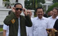 Gencar Dekati Milenial, Jokowi Disebut Bawa Model Politik Baru di Indonesia