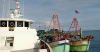 KN Bintang Laut Bakamla RI Tangkap 2 Kapal Vietnam Berbendera Malaysia