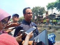 Anies Akan Bangun Kembali Rumah Warga yang Amblas di Jakarta Utara