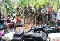 Prajurit TNI Bebaskan 25 WNI yang Ditangkap Tentara Malaysia