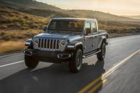 26 Tahun Tak Pernah Diproduksi, Jeep Luncurkan Wrangler Model Pertama Pikap Kabin Ganda