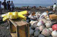 Satelit Rusak, Kapal Nelayan Terombang-ambing hingga Hancur Tabrak Karang