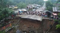 Pemerintah Jokowi Kebut Bangun Jembatan Darurat Padang-Bukittinggi