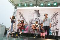 """Aksi """"Agent of Happiness"""" dan Mocca Meriahkan Hari Kedua XPANDER Tons of Real Happiness Bandung"""