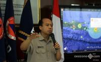 BNPB Pastikan Amblesnya Jalan Gubeng Bukan karena Gempa Bumi