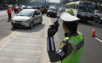 Massa Pendukung OSO Demo KPU, Polisi Tutup Jalan Imam Bonjol