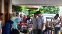 Caleg Perindo Berikan Warga Sawangan Depok Pelatihan Membuat Ayam Goreng Tepung