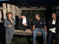 Caleg Perindo Ronda Bareng Warga Gunung Merapi, Cek Jalur Evakuasi yang Rusak Parah