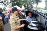 Mobil Tanpa Tempat Sampah di Bandung Akan Didenda Rp500 Ribu