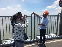 Ini Penyebab Air Laut di Bawah Jembatan Suramadu Beda Warna Seperti Terbelah