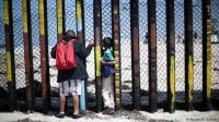 Ormas Pendukung Donald Trump Hadang Migran Pakai Senjata di Perbatasan AS-Meksiko