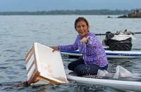 Menteri Susi Lepasliarkan 246.673 Benih Lobster di Natuna