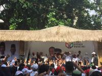 Relawan Jokowi Gelar Syukuran dengan Potong Tumpeng