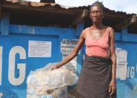 Hari Bumi: Kisah Perempuan Afrika Mencari Nafkah Sambil Selamatkan Lingkungan