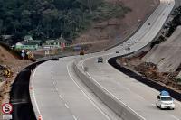 Polisi Siapkan Skenario <i>One Way</i> di Tol Trans Jawa pada H-3 Lebaran