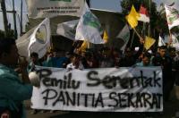 Titik Kumpul Dekat Kediaman Jokowi, Mahasiswa Soloraya Gelar Long March ke Kantor KPU