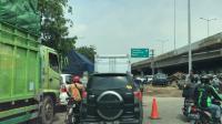 Kemacetan di Jalan Dadap-Rawa Bokor Kian Parah