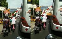 Viral Bus Tersangkut Palang Pintu Perlintasan Kereta Bikin Jengkel Netizen