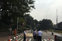 Polisi Tutup Jalan di Depan Gedung Mahkamah Konstitusi