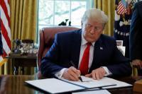 Trump Umumkan Sanksi Targetkan Pemimpin Tertinggi Iran Sebagai Respons Penembakan Drone