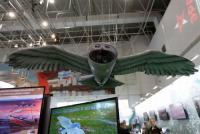 Putin Pamerkan <i>Drone</i> Mata-Mata Rusia, Bentuknya Mirip Burung Hantu Harry Potter