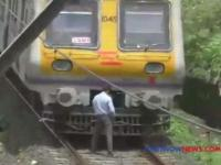 Masinis Kebelet Kencing, Kereta Berhenti Mendadak Sebelum Sampai Stasiun