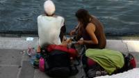 Ketahuan <i>Ngopi</i> di Jembatan Bersejarah, Dua Turis Jerman Didenda dan Diusir dari Venezia